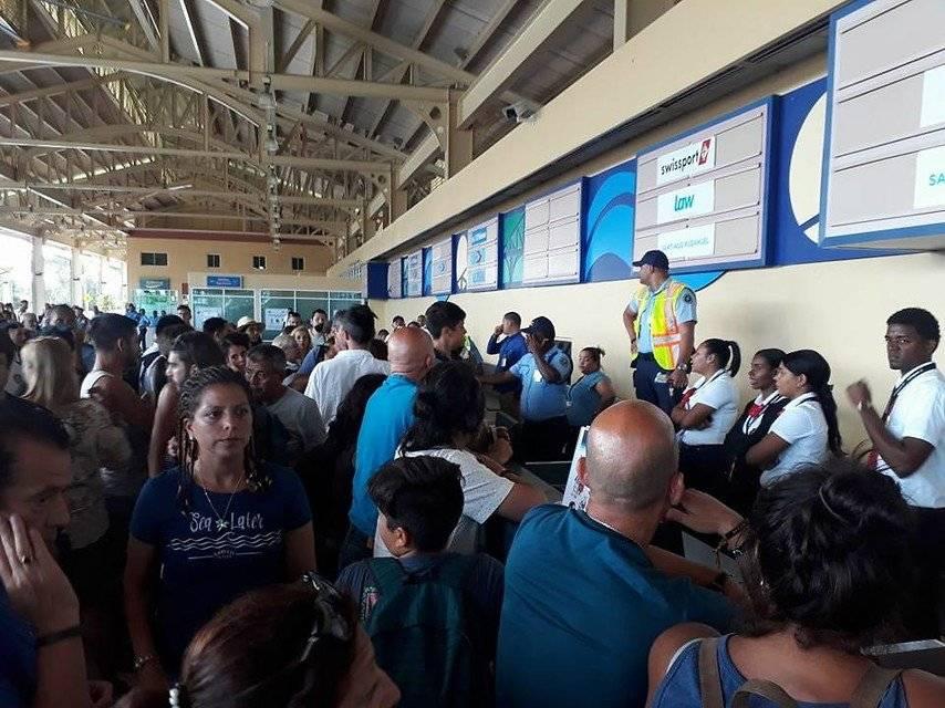 Pasajeros varados en República Dominicana