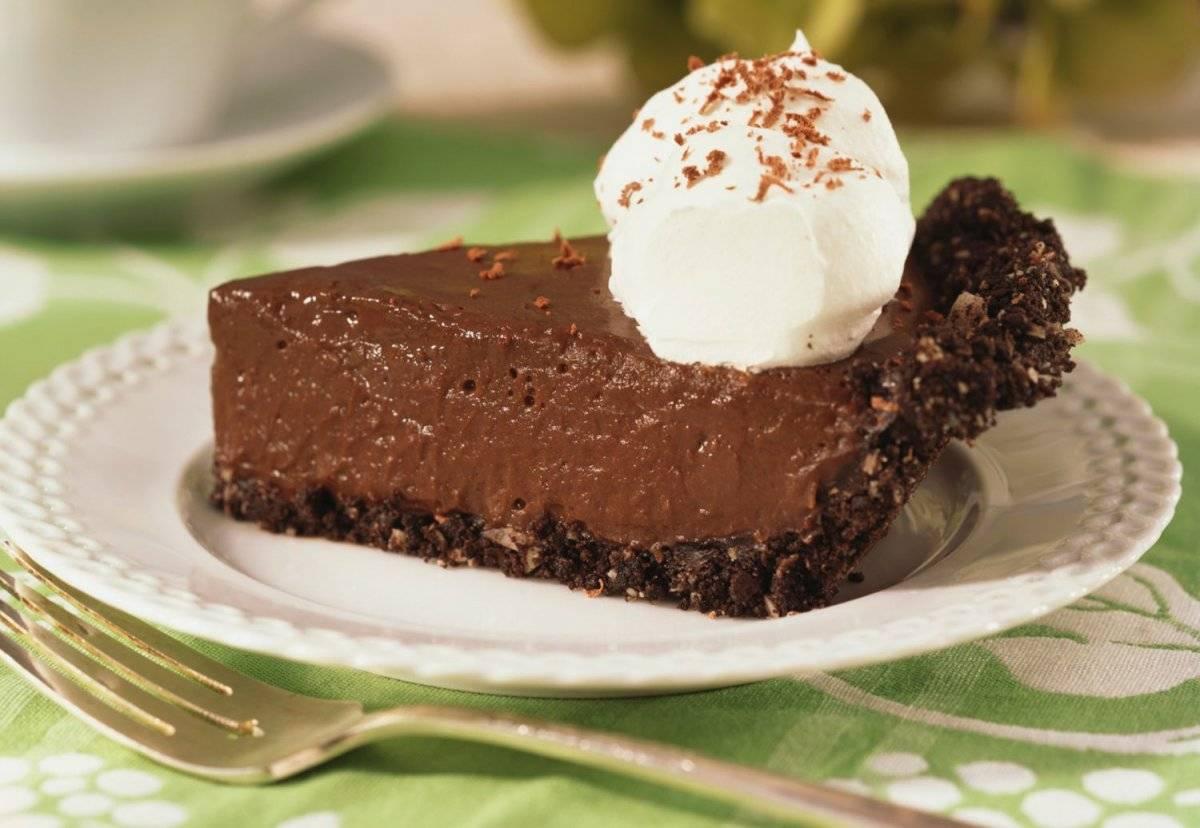 chocolatepiecookiecrustg1556a8beec5f9b58b7d0f4c1eb.jpg