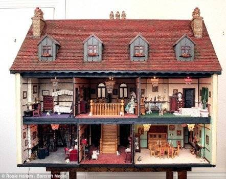 dollshouse442x350.jpg