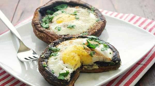 eggsbakedinportobello2.jpg