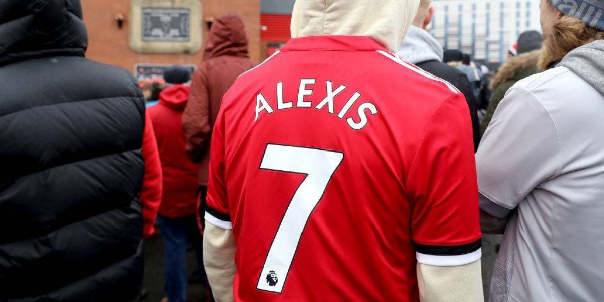 Sigue la locura: Alexis Sánchez es el jugador que vende más camisetas en Inglaterra