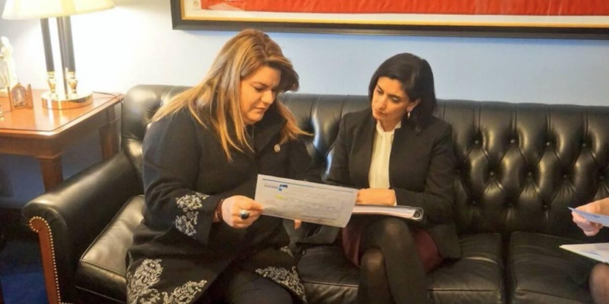 Comisionada residente se reúne con administradora de CMS para atender disparidad en tarifas de proveedores de salud