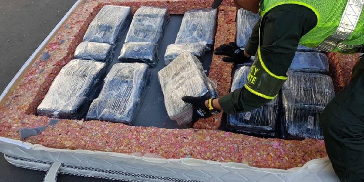 Decomisan 'narcocolchones' con 500 kilos de marihuana