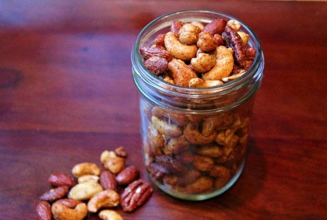 nuts-4.jpg