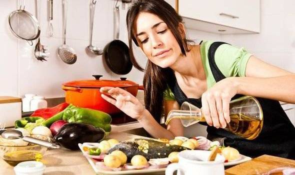 oliveoil576514660x550.jpg