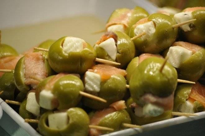olives2417051920660x550.jpg