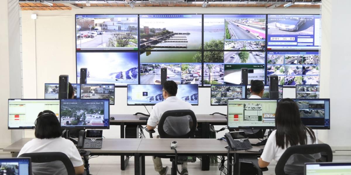 Estrena Tlajomulco su centro de videovigilancia C4 con '555 ojos'
