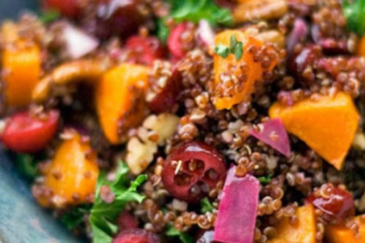 Riqu sima ensalada de quinoa roja sabros a nueva mujer for Cocinar 1 taza de quinoa