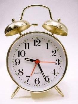 reloj262x350.jpg