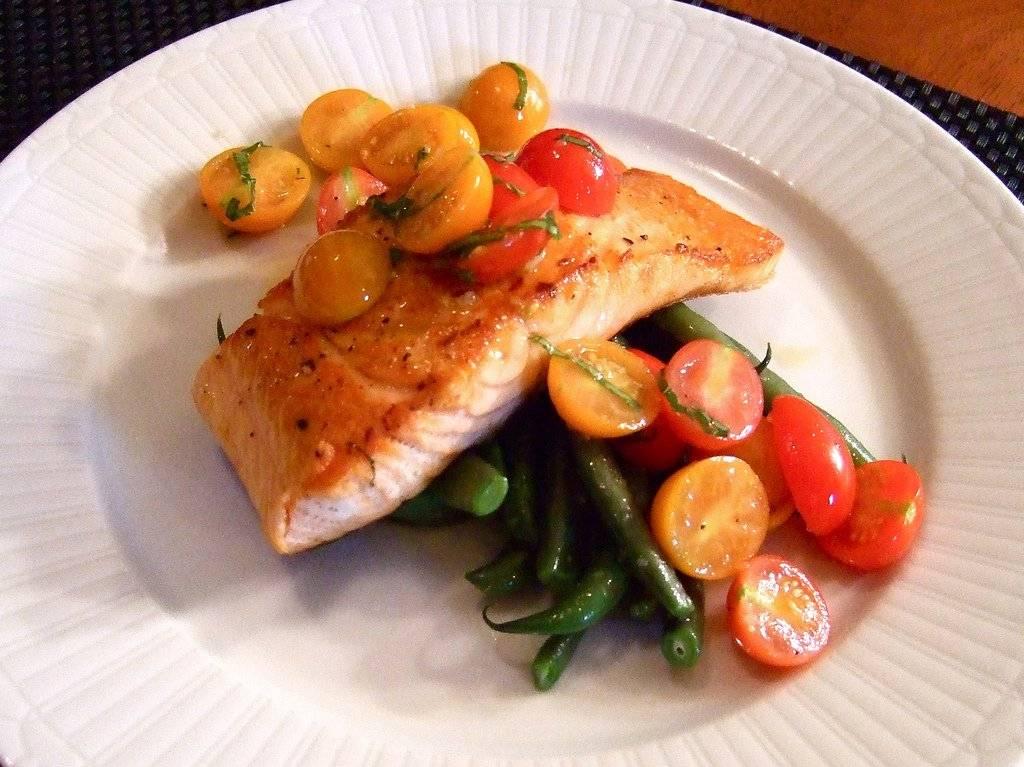 salmonconsumedithis.jpg