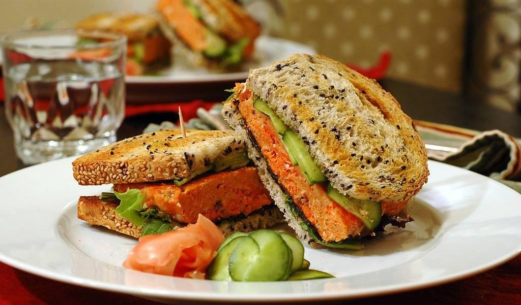 sandwichessalmon.jpg