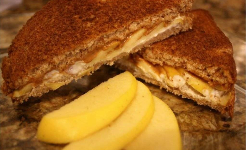 sandwichmanzanamantequilla.jpg