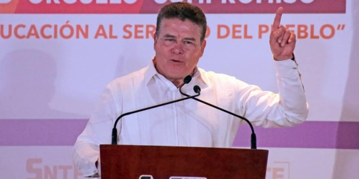 Juan Díaz gana reelección y se mantiene como presidente del SNTE