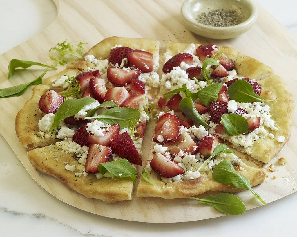 strawberrygoatcheesepizza1024.jpg