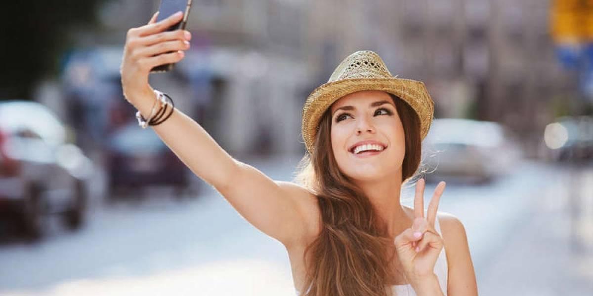 Cinco fotos sacan los chilenos, antes de elegir la selfie perfecta