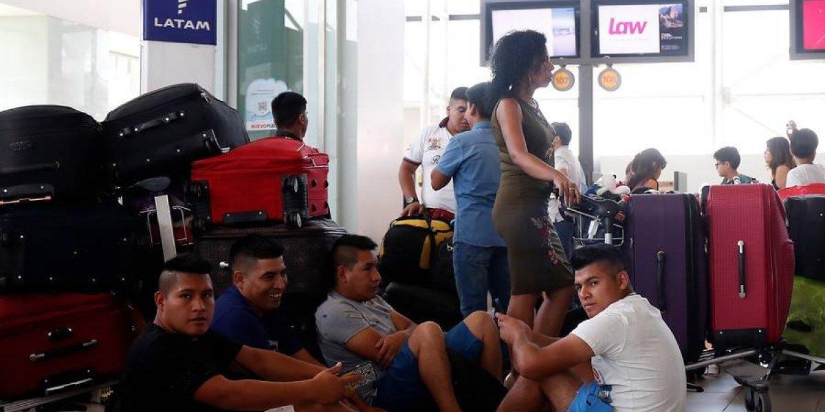 La turbulencia en LAW se mantiene con retrasos en los vuelos