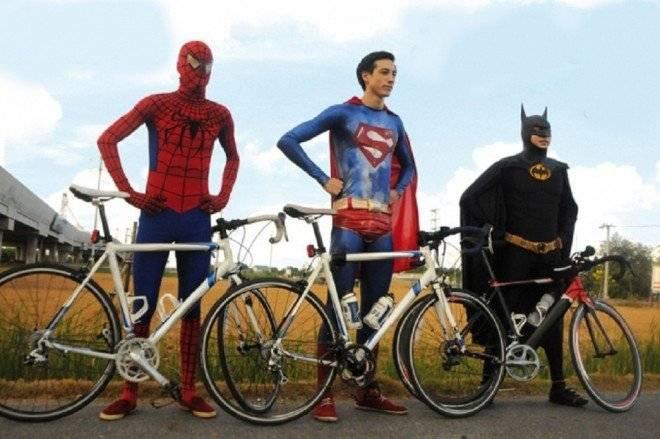 bicicletasuperheroes660x550.jpg