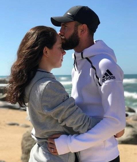 Miguel Layún y Ana