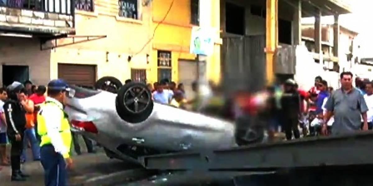 Se volcó un vehículo al suroeste de Guayaquil