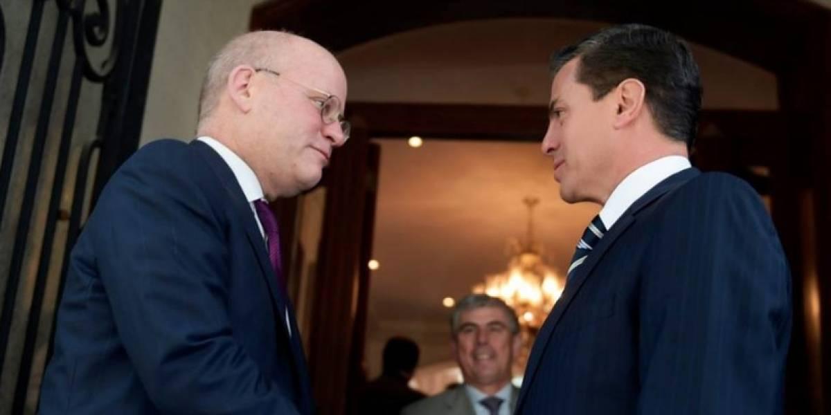 Peña Nieto se reúne con el director de General Electric en Los Pinos