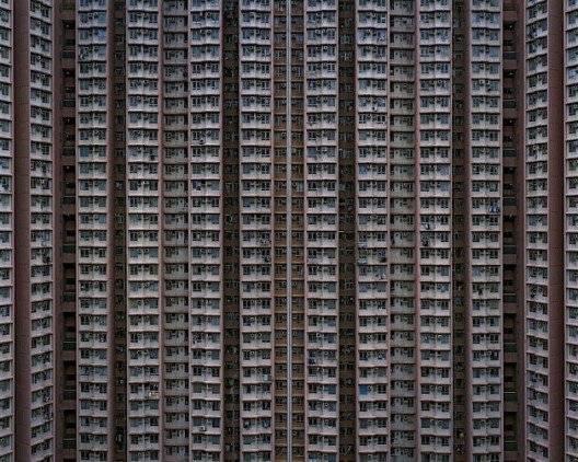 claustrocd1660x550.jpg