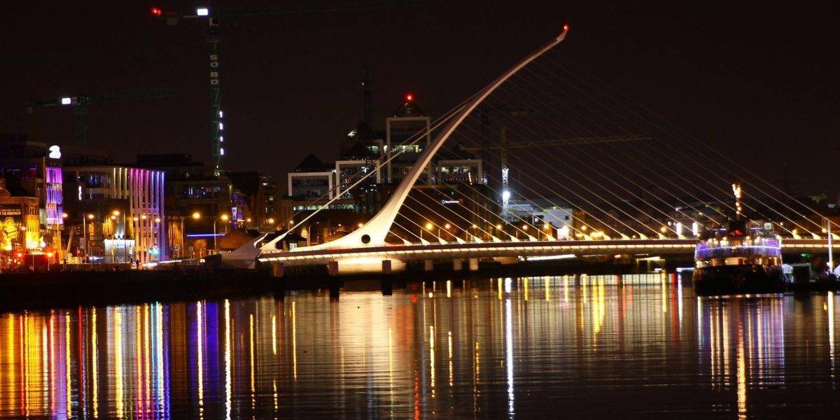 ¡Atentos, aventureros! Abrieron la postulación a visas para que jóvenes chilenos vayan a Irlanda por un año: quedan pocos cupos