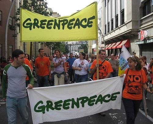 greenpeace-2.jpg