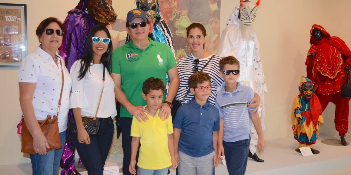"""Museo Carnaval Vegano"" recibe visitantes"