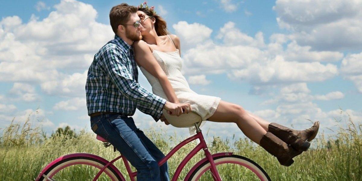 Checa las tendencias de moda en pareja para primavera
