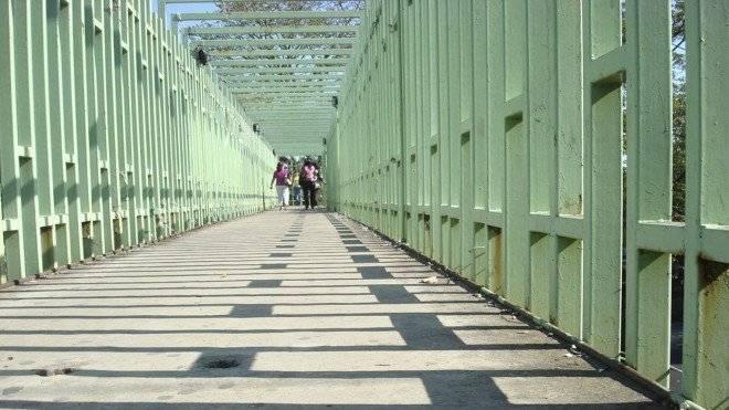 puentepeatonaltabasco660x550.jpg