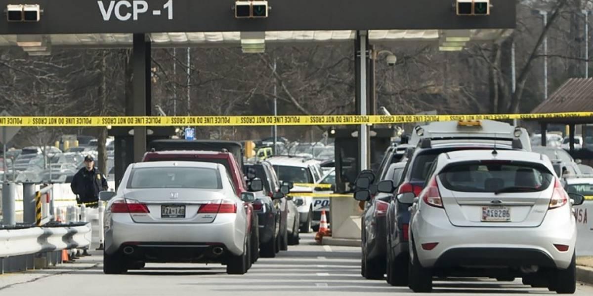Tiroteo frente a agencia de inteligencia estadounidense deja un herido