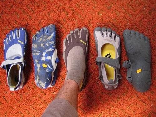 vibramfivefingersshoes.jpg