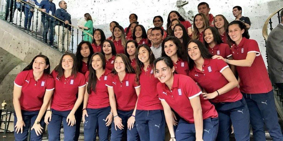Fotogalería: las campeonas de Chivas fueron reconocidas