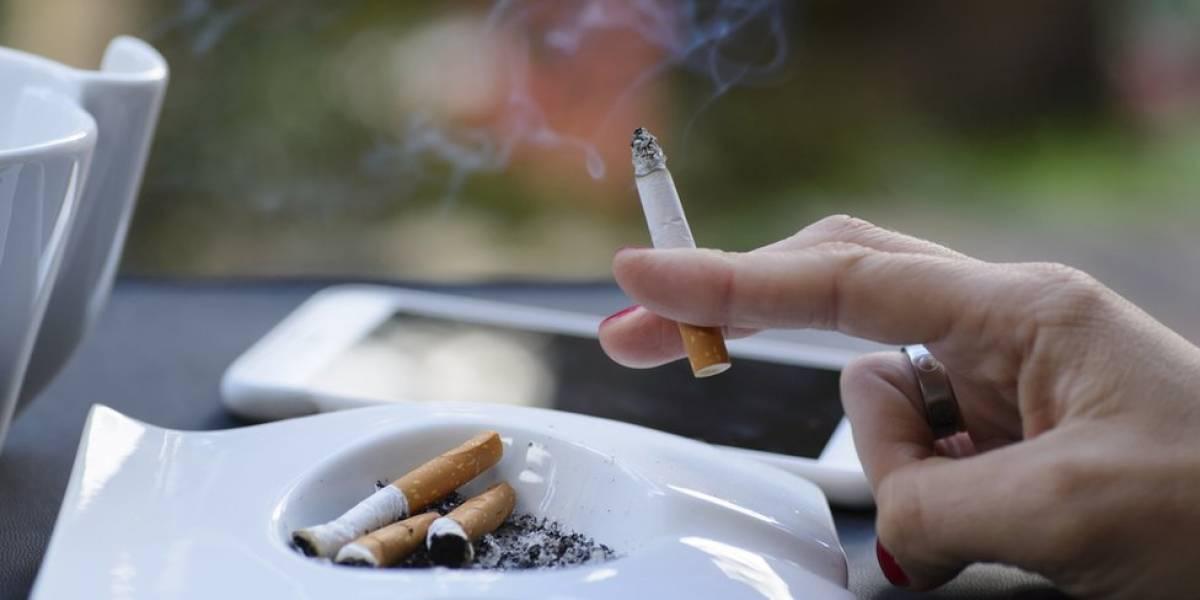 Parar de fumar pode contribuir no aumento de peso, mas ainda traz mais benefícios à saúde