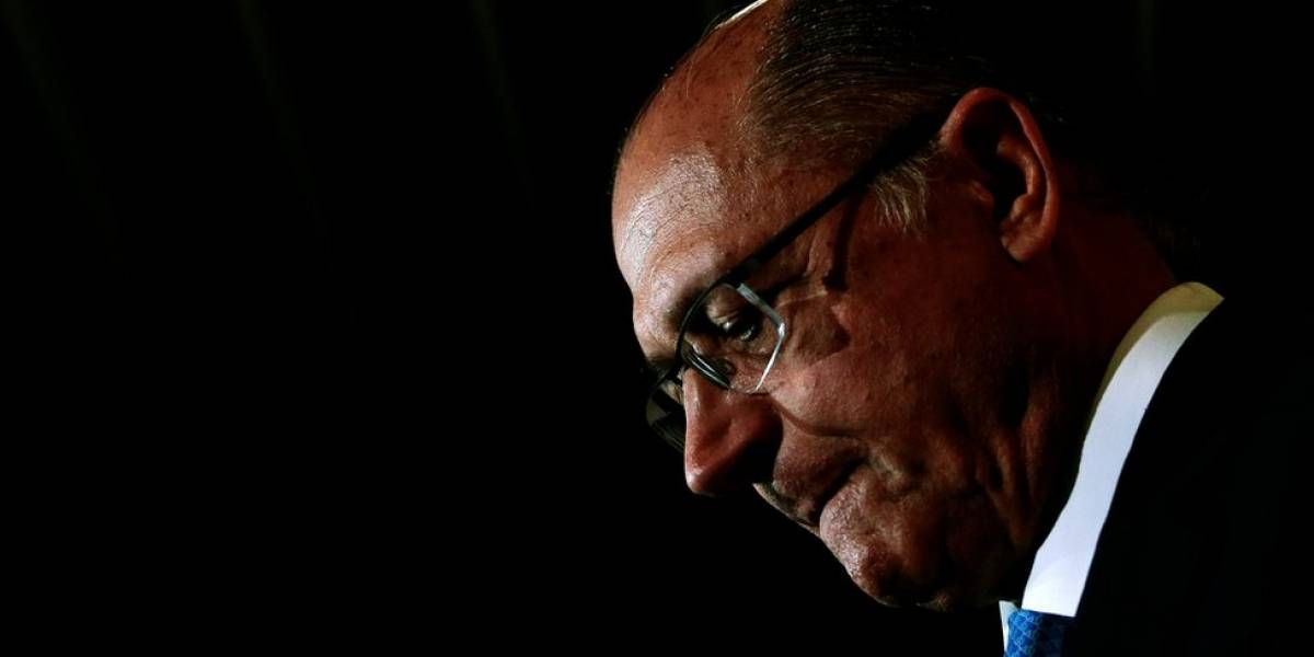 Alckmin: decisão do STF sobre Aécio 'entristece', mas a 'lei é para todos'
