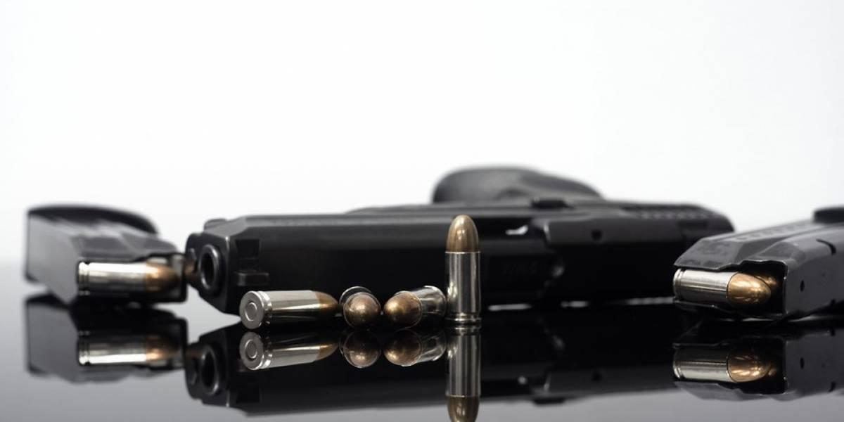 EUA se dividem entre restringir venda de armas ou armar ainda mais a população em resposta a ataques