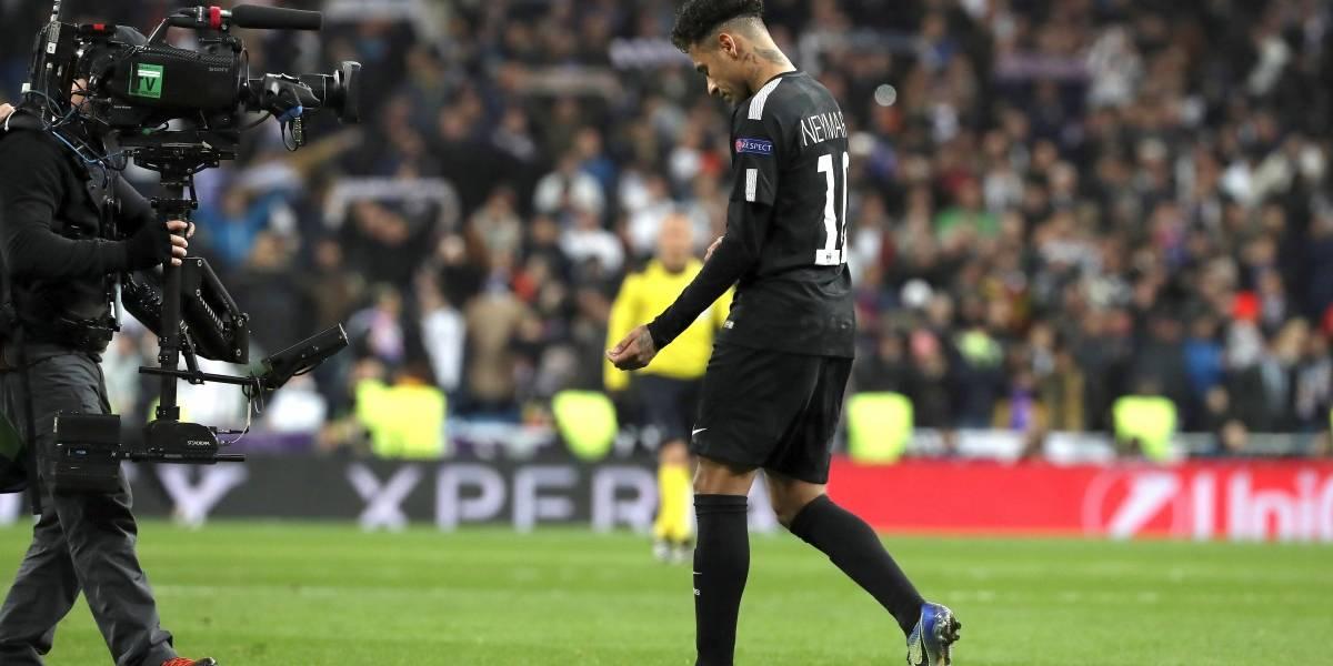 """""""El Fortaleza español"""": un equipo de la Segunda B se burla del PSG"""