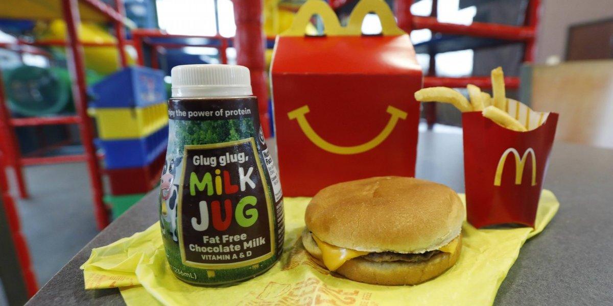 McDonald's retira productos del cartel menú infantil