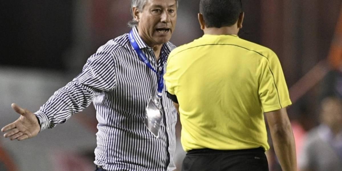 El polémico gesto del DT de Independiente en contra de Roddy Zambrano
