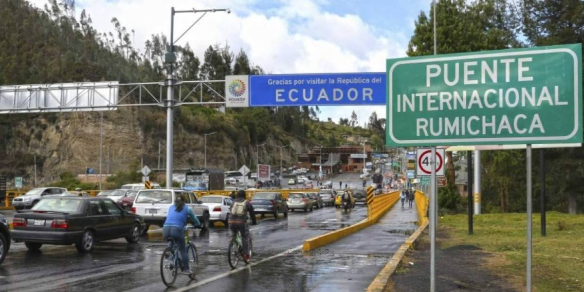 Proponen crear fuerza de tarea conjunta entre militares de Colombia y Ecuador