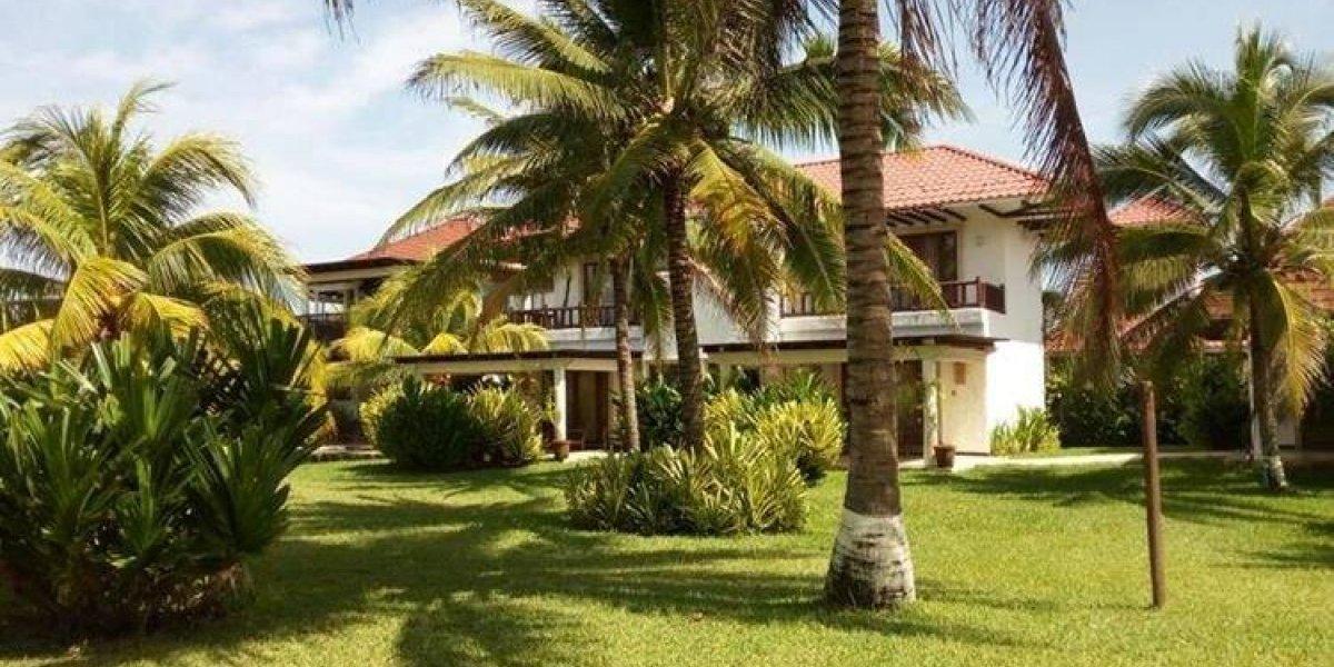 Inicia juicio para extinguirle la lujosa casa de playa al expresidente Otto Pérez