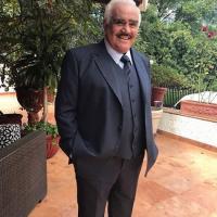 Vicente Fernández.