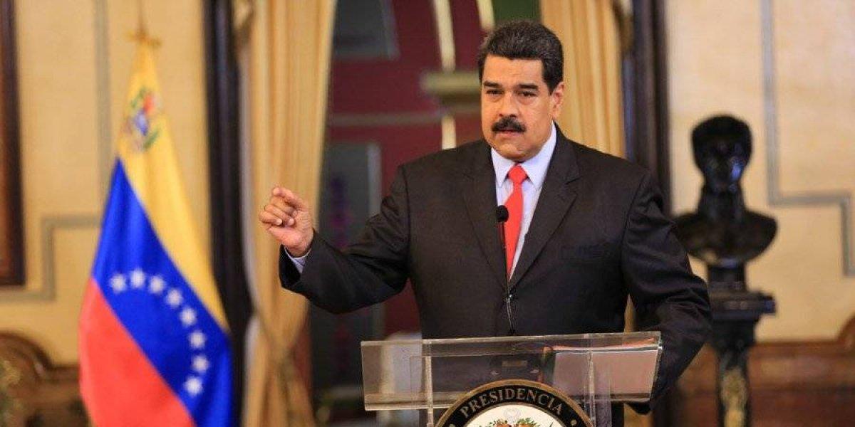 Maduro irá a Cumbre de las Américas: 'llueva, truene o relampaguee'