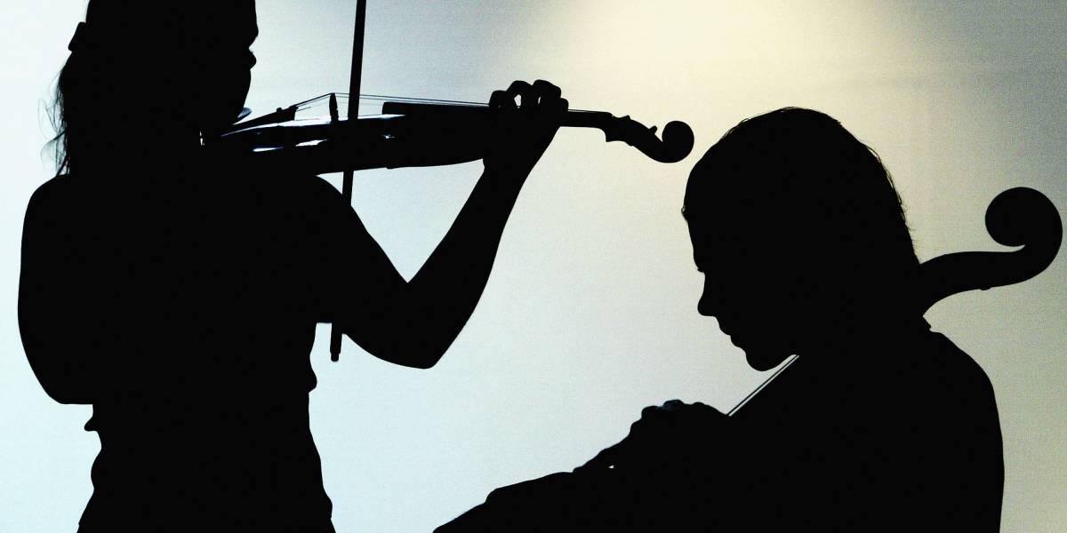Quer aprender a tocar um instrumento musical de graça? Veja como se matricular