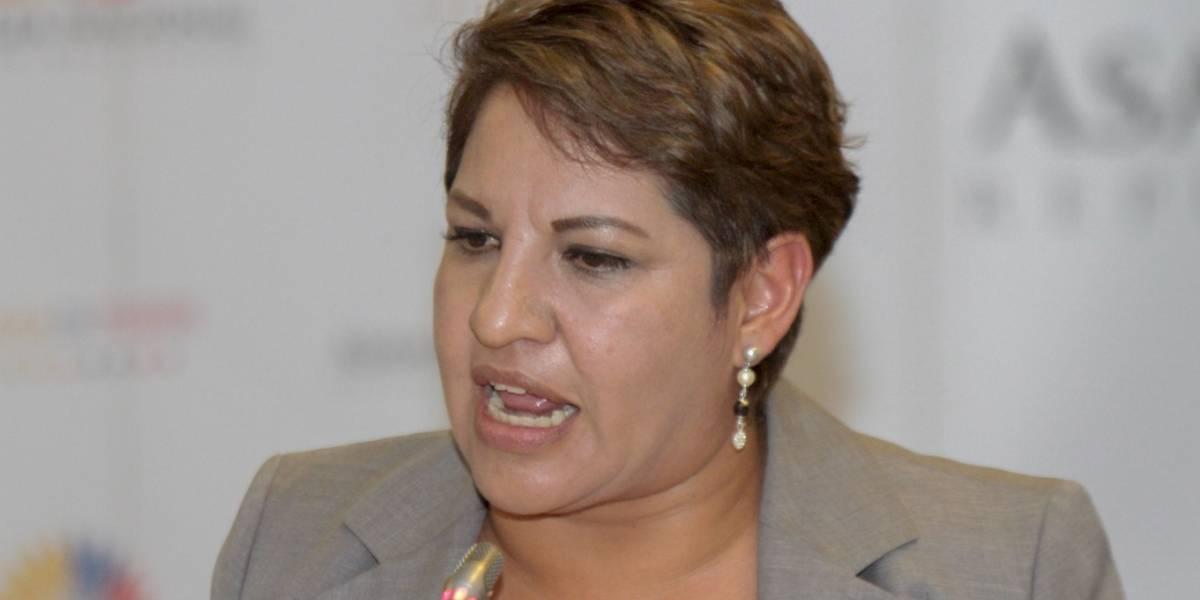 Comisión de Fiscalización recibirá argumentos de pruebas contra Carlos Ochoa