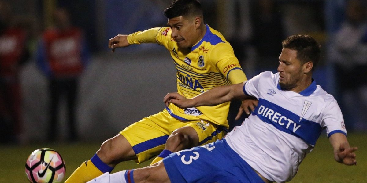 Universidad Católica derrotó a Everton y siguen como punteros del Campeonato