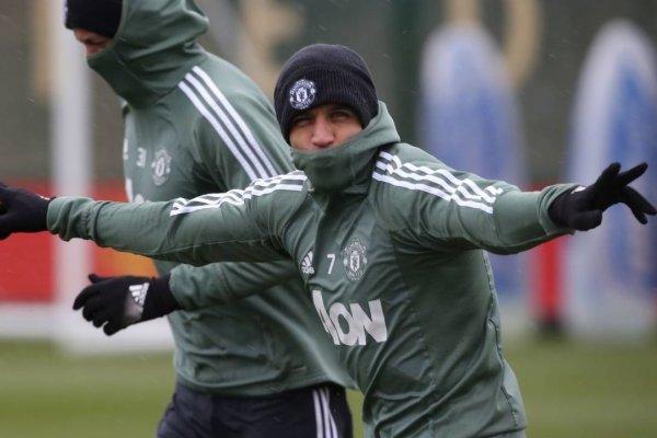 La estatura de Maravilla dejó sorprendido a Zlatan / imagen: Manchester United