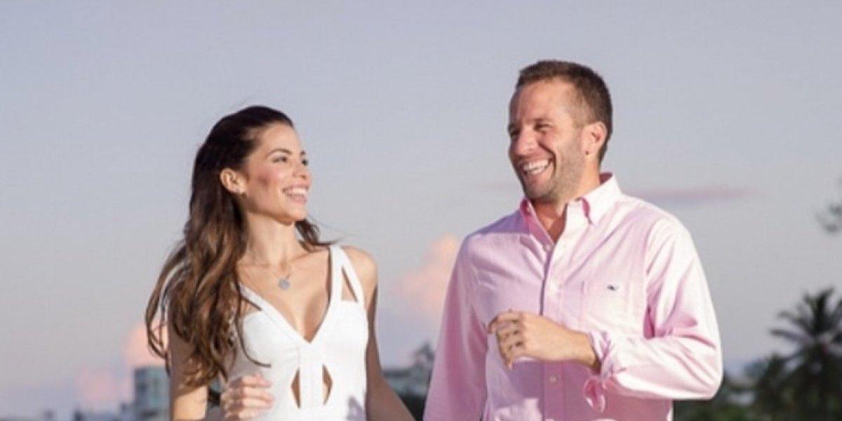 Viviana comparte románticas fotos junto a J.J. Barea