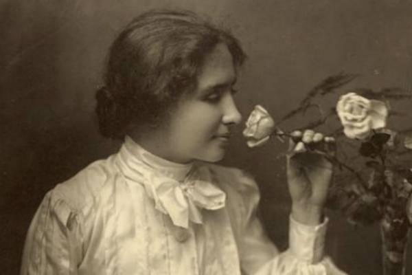 12 Frases Legendarias De La Intuitiva Helen Keller Belelú