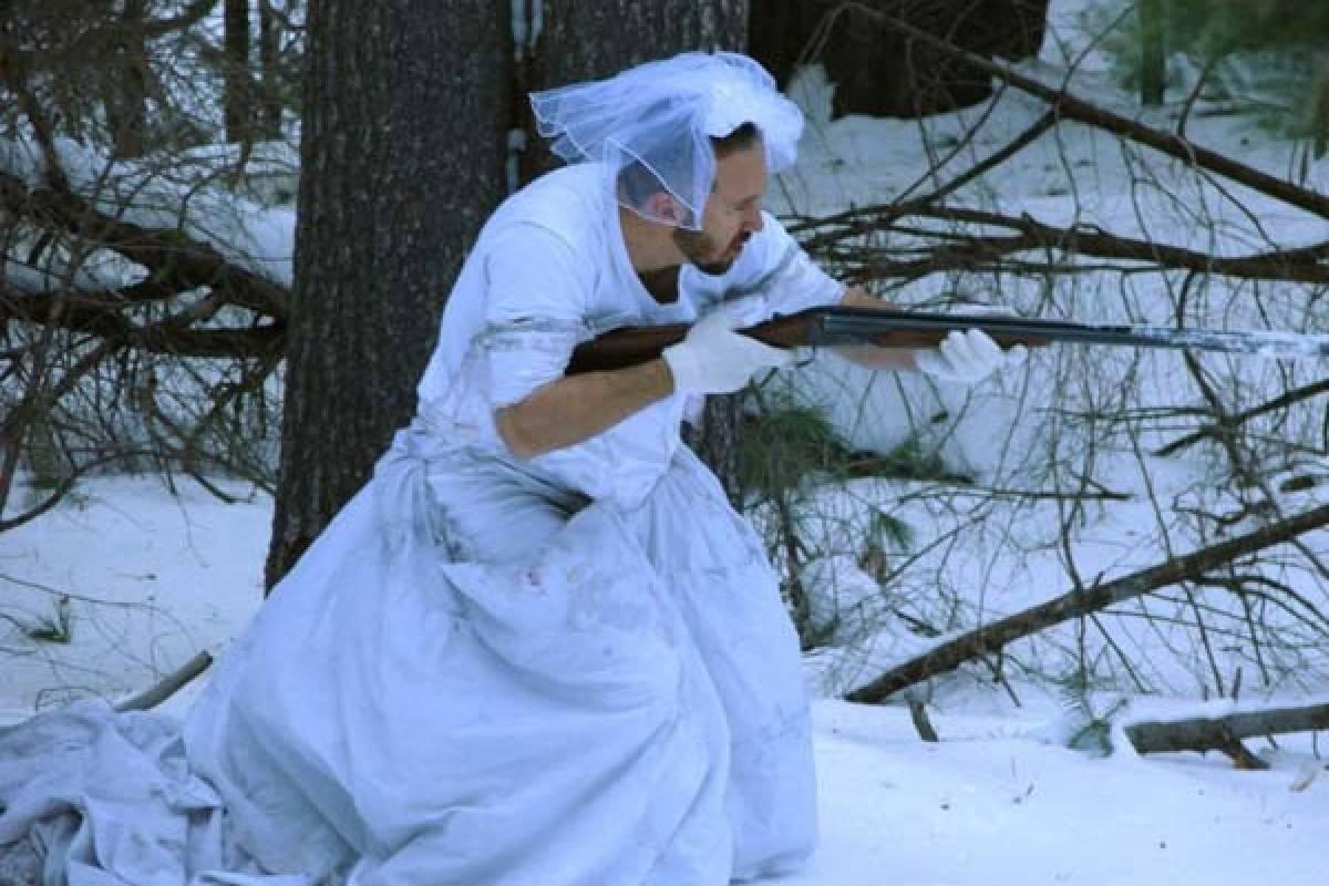 La venganza de un hombre contra un vestido de novia - Belelú | Nueva ...